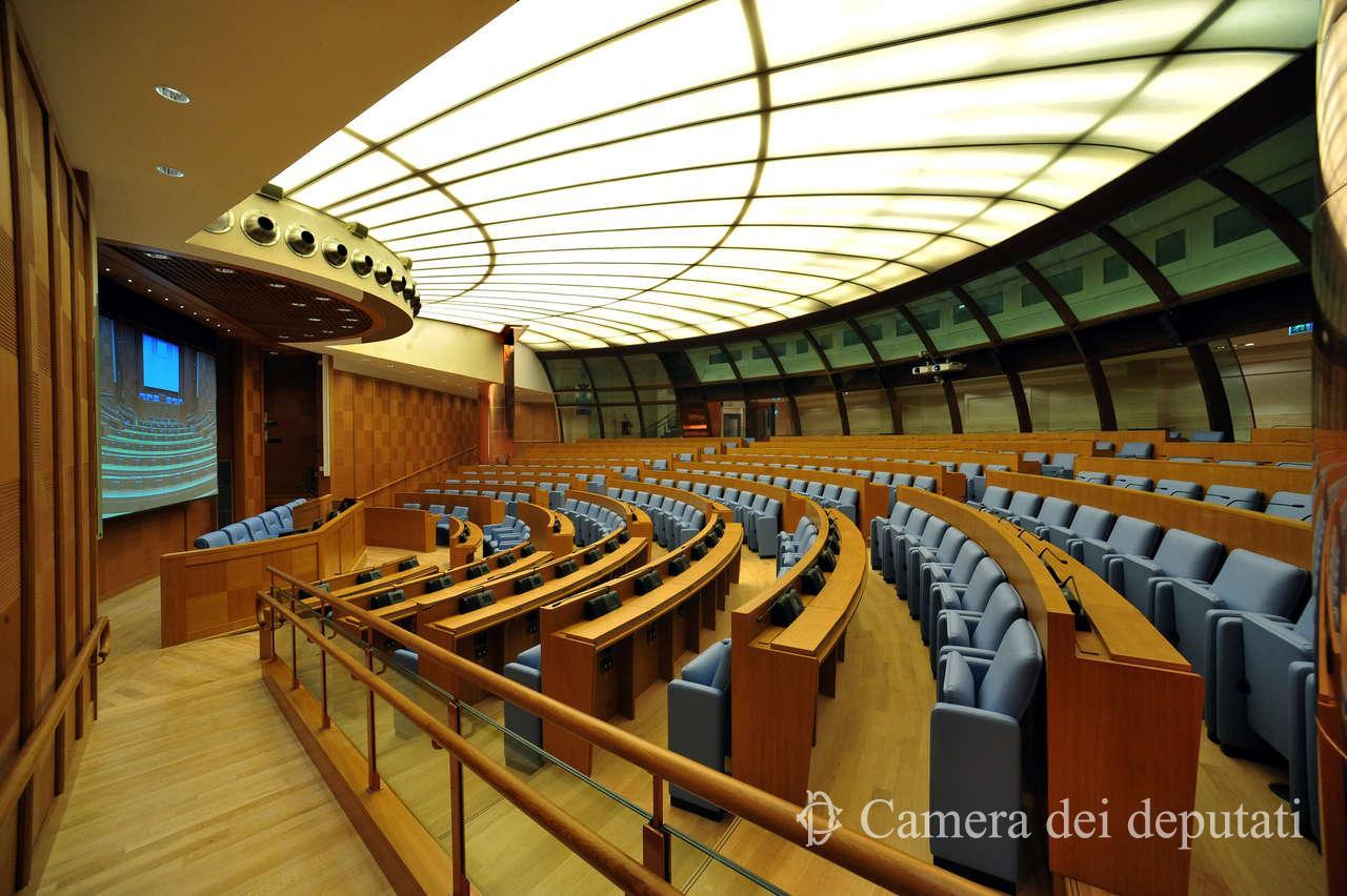 Xvi legislatura comunicazione la camera for Calendario camera deputati
