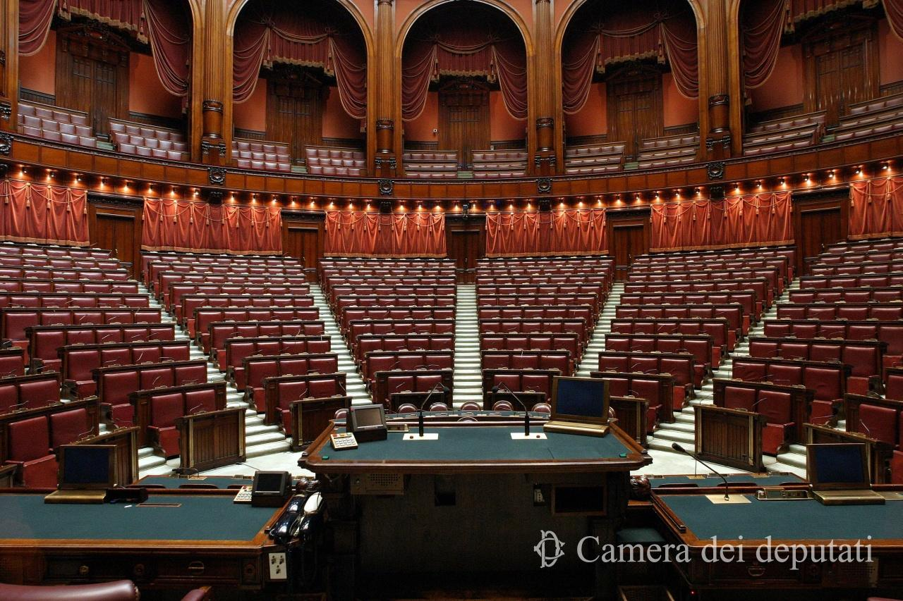 Xvi legislatura comunicazione la camera for Parlamento it